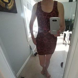 Donating 2/1 Black and melon print dress